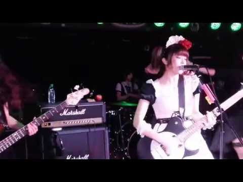 """BAND-MAID """"Don't Let Me Down"""" Live In Köln / FIRST EVER SHOW In Germany"""