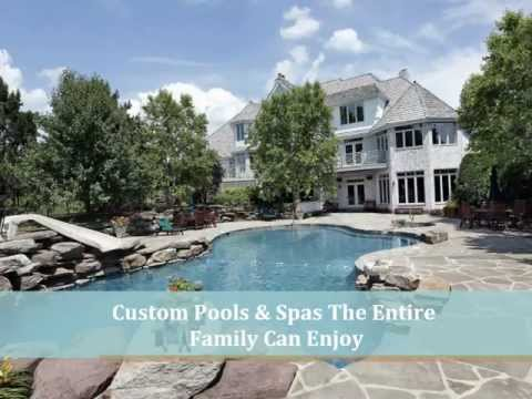 Pool Cleaners in Youngstown