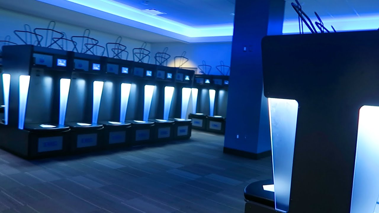 Futuristic Locker Room 7 22 15 562 Youtube