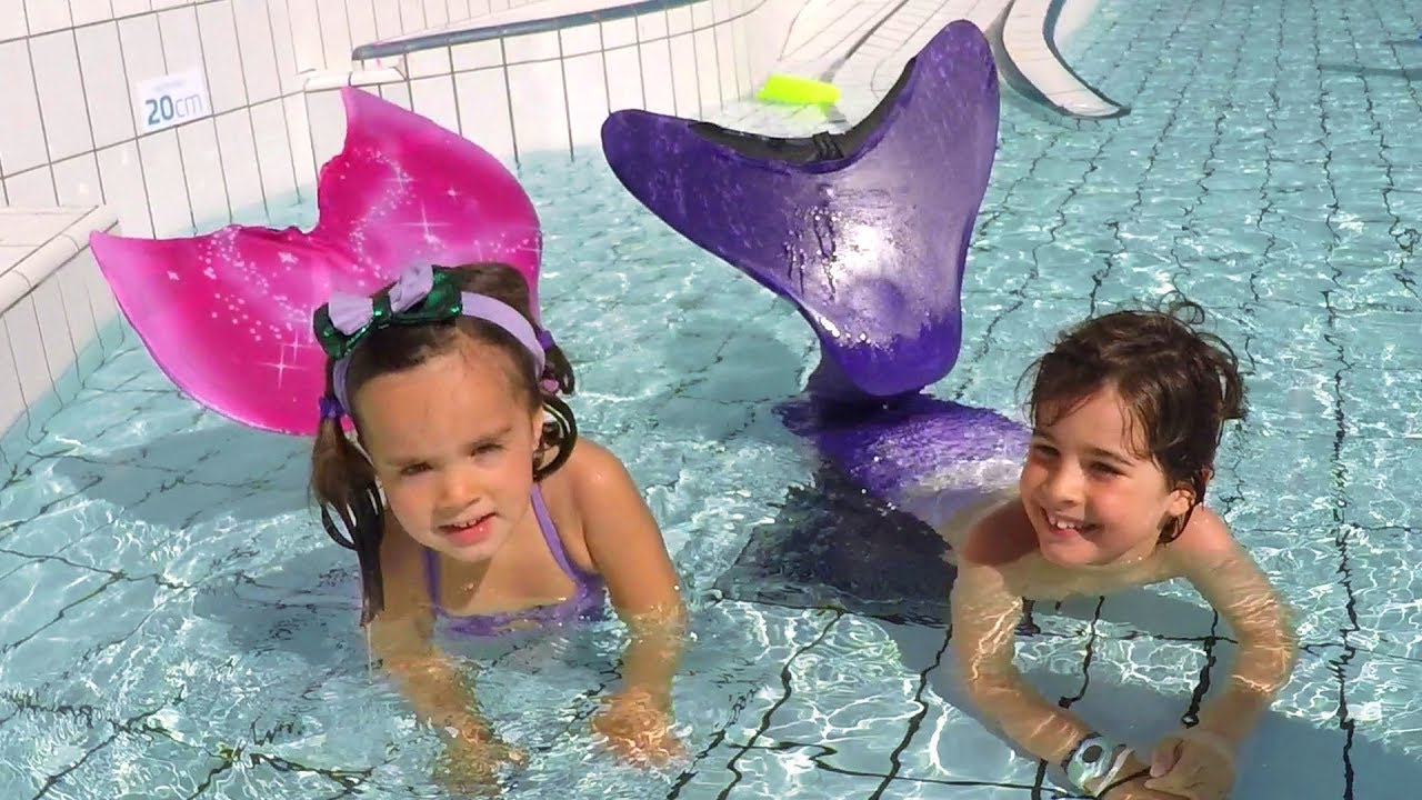 Alerte il y a des sir nes dans la piscine d mo jouets for Queue de sirene piscine
