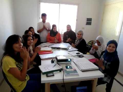 튀니지 수스학생들이 부르는 장윤정의 어머나.MP4