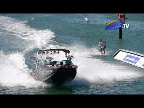 Pro-Men's wakeboard – Mandurah, Western Australia 2014