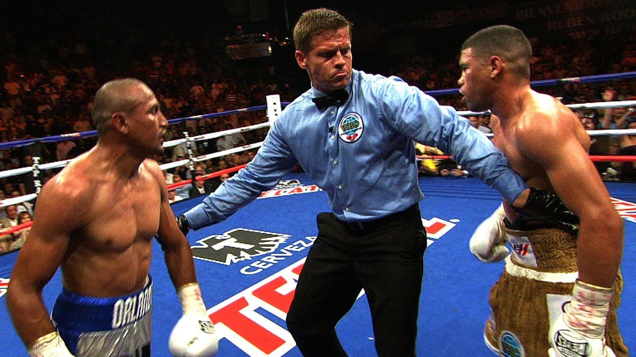 Showtime Boxing - Juan Manuel Lopez vs. Orlando Salido - Flashback ...