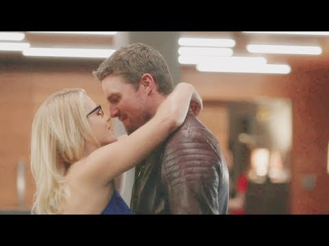 """Oliver and Felicity [6x06] """"I am so happy that you're here"""""""