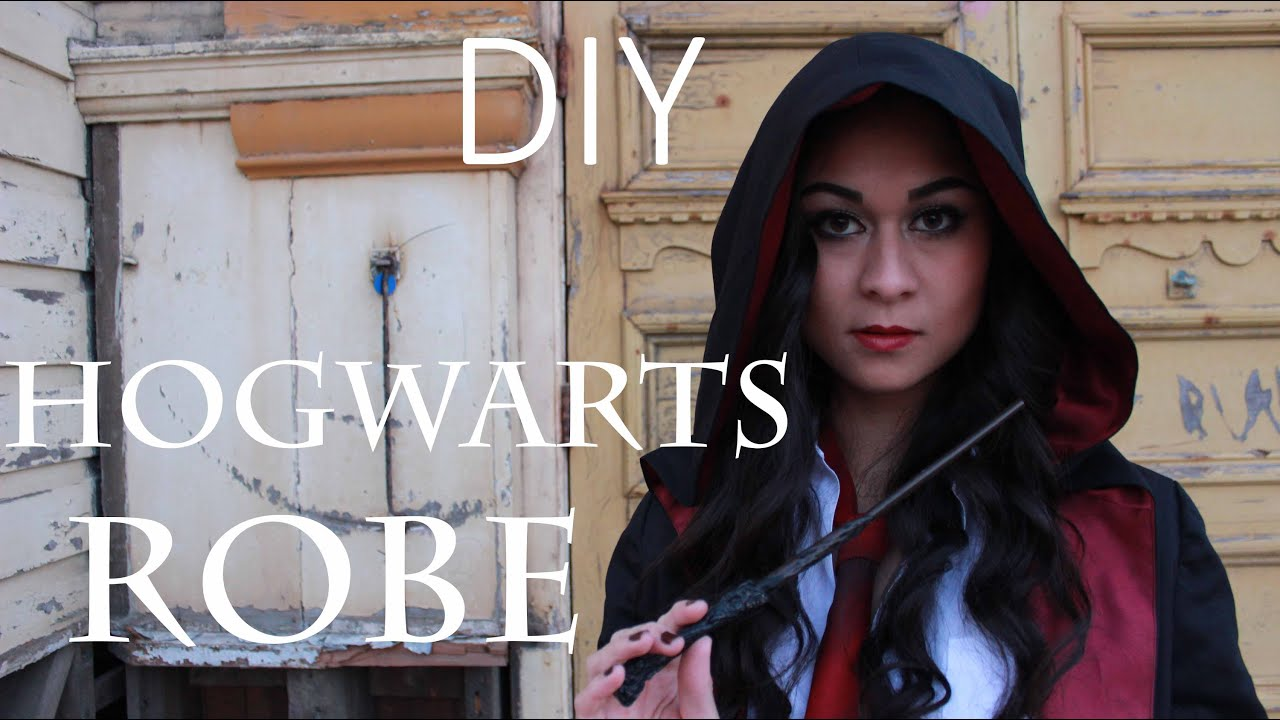 Diy hogwarts robe youtube solutioingenieria Choice Image