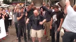 zulily CEO Darrell Cavens takes the Ice Bucket Challenge