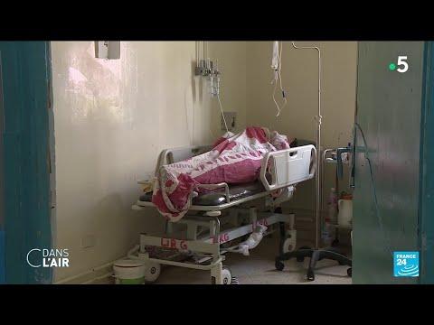 Tunisie : le pays submergé par l'épidémie de Covid - Reportage #cdanslair 14.07.2021