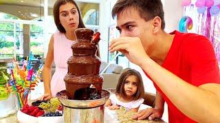 Настя и коллекция видео про День рождения Mia birthday surprises and sweets