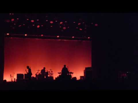Interpol - Tilburg 013 - 29 August 2017 - Say hello to the Angels