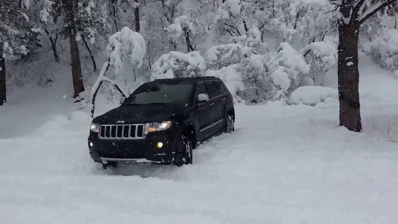 2013 Grand Cherokee Playing In The Snow Youtube