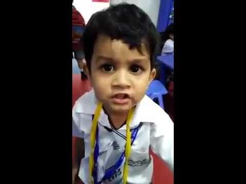 Kid Singing Gulabi Aankhein Jo Teri Dekhi
