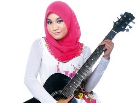150 juta Ainan tasneem Lirik (RADIO VERSION)