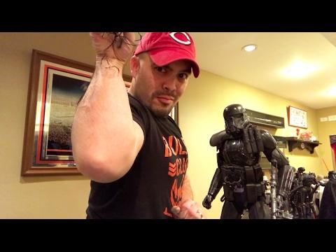 Episode 102 - TOY HUNTING Star Wars Black Series, Disney Store Premium Elite Leia & Death Trooper!