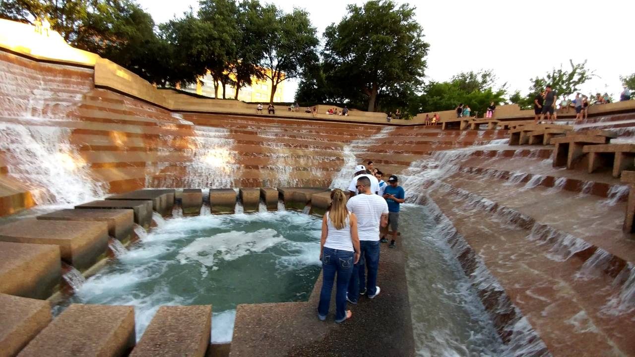 active water pool fort worth water gardens youtube