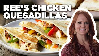 The Pioneer Woman: Ree's Easy Chicken Quesadillas | Food Network