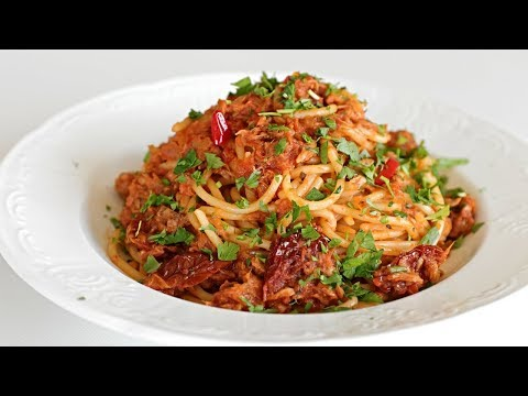 Spaghetti With Tuna & Tomato Sauce Recipe