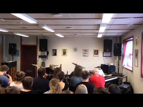 Petter   Eksamenskonsert Heimdal VGS 2014