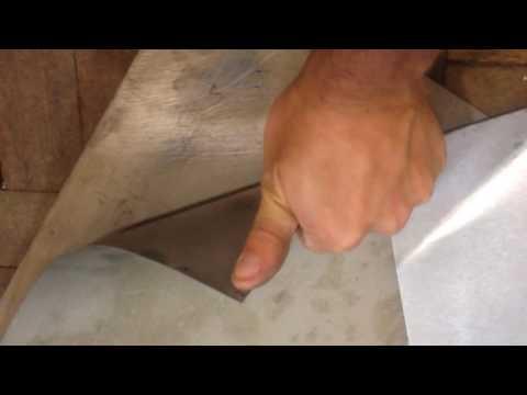 Сравнение титанового листа 0.5мм марки ВТ1-0 со стальным оцинкованным листом 0.5мм