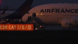Air France 7 Diversion Manchester Disembarking Debarquement Full Video