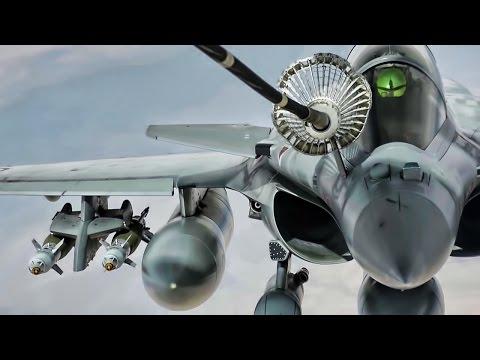 Strike Aircraft Air Refueling Over Iraq
