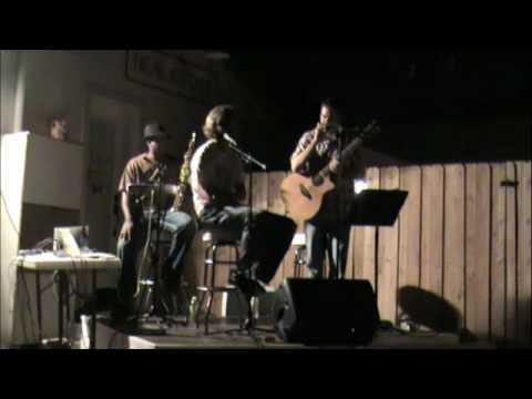 Jamie Spencer & Bronson Arroyo - Beastie Boys acoustic paul revere