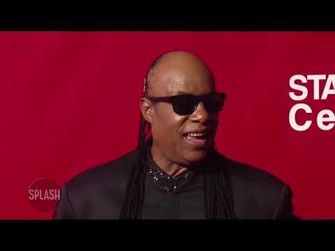 Stevie Wonder defends Bruno Mars   Daily Celebrity News   Splash TV