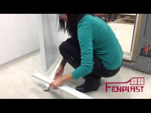 remplacement d 39 un balai de porte fenplast youtube. Black Bedroom Furniture Sets. Home Design Ideas