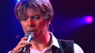 David Bowie - I Would Be Your Slave - [Live] 2002 [HD 720p]