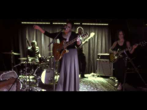 SHEILASESSIONS - Emily Sheila Band - Growing