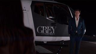 Ночной круиз на частном вертолете — «Пятьдесят оттенков серого» (2015) сцена 5/10 HD