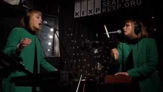 Lucius - Turn It Around (Live on KEXP)