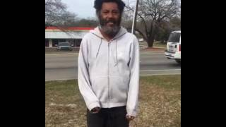 "Never judge a book by its cover, homeless man Sings best ""Amazing Grace"" song of 2017"