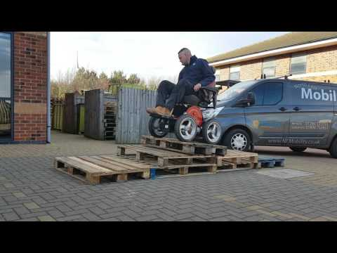Observer Off-Road Powerchair