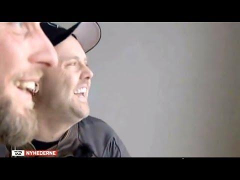 Metallica I Horsens statsfængsel. Roland Møller guider Lars Ulrich
