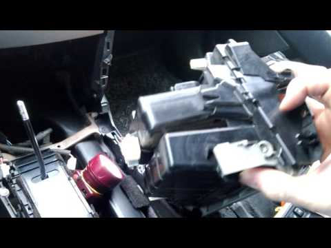Тойота камри acv40 2006. как снять магнитолу и климат. ставим usb адаптер.