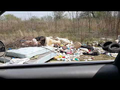 Heaps Of Neglected Trash At Family Dollar Store In Turley / Tulsa Oklahoma On 5630 N Peoria Ave