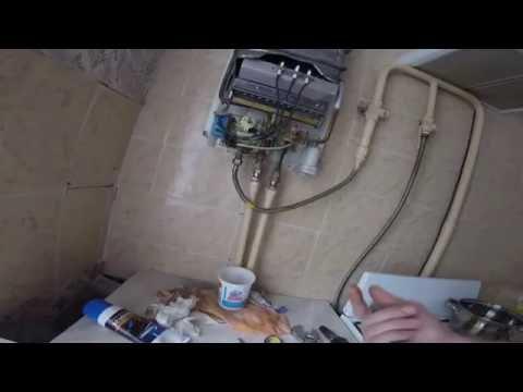 Как починить колонку. Ремонт газовой колонки Vektor. Замена штока + мембрана + выключатель.