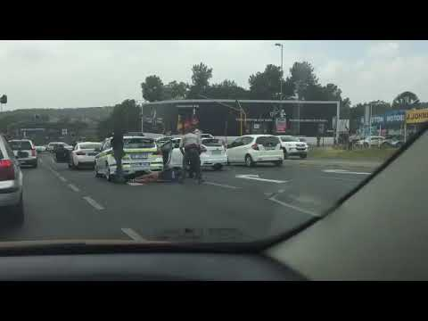 Fake cops arrested rivonia jhb