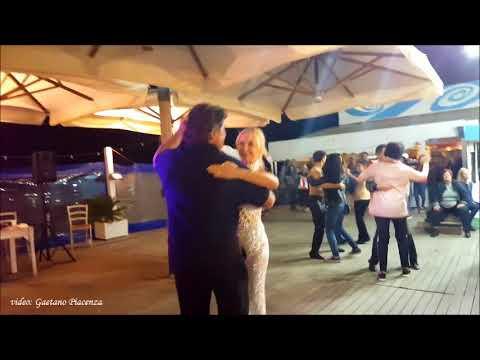 Gabriele Pagliarani (Bagno 26 Rimini) balla \