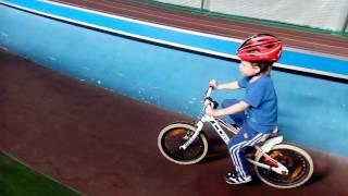 Велошкола. Обучение езде на велосипеде с