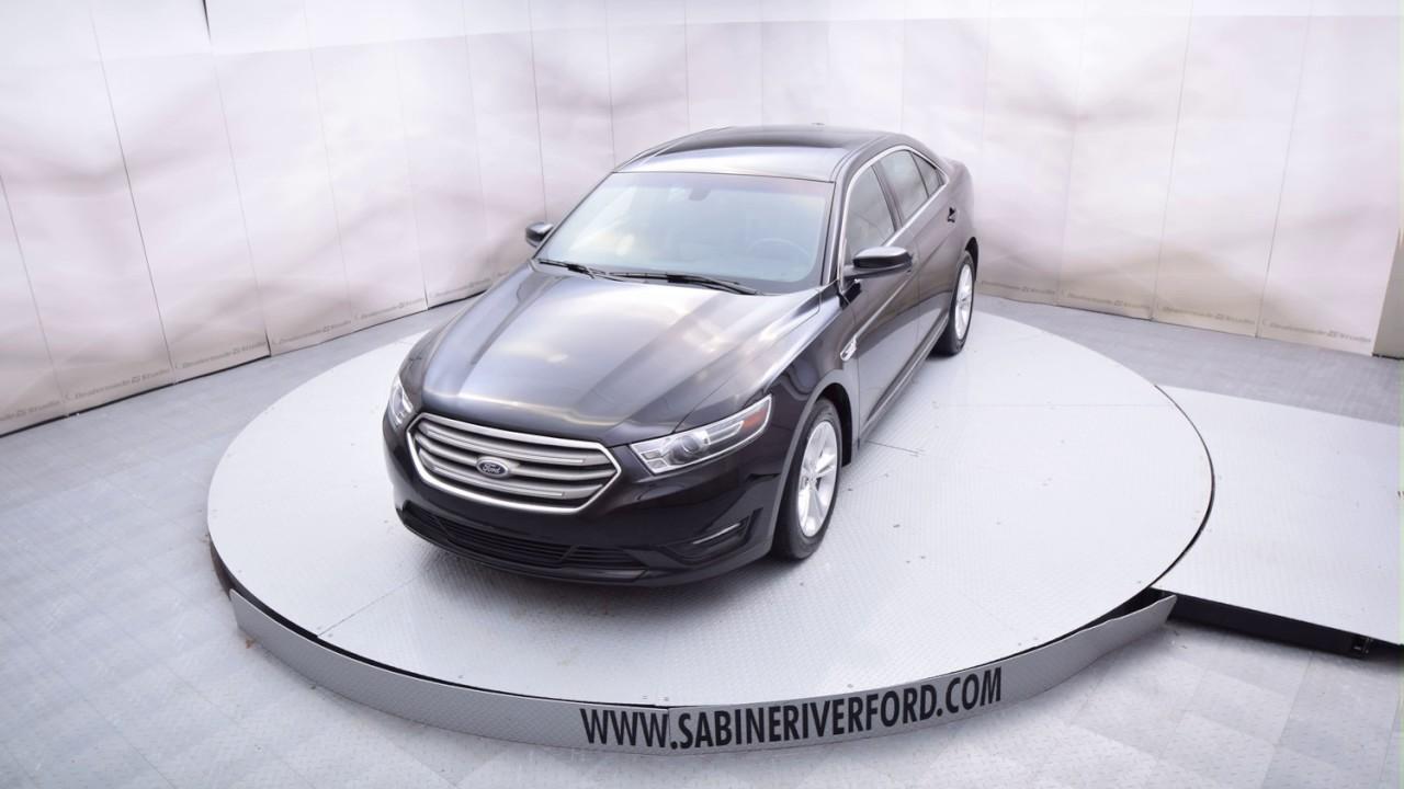 4d Shadow: 2016 Shadow Black Ford Taurus 4D Sedan #T5879