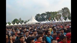 Video Tipe X - X Friend (Live at Mayday Fiesta 2014 FSPMI Purwakarta) download MP3, 3GP, MP4, WEBM, AVI, FLV Oktober 2018