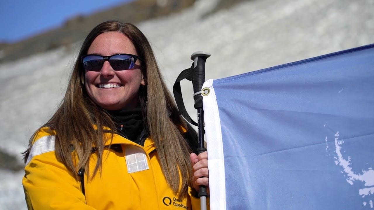 【動画】南極大陸へ上陸/南極観光