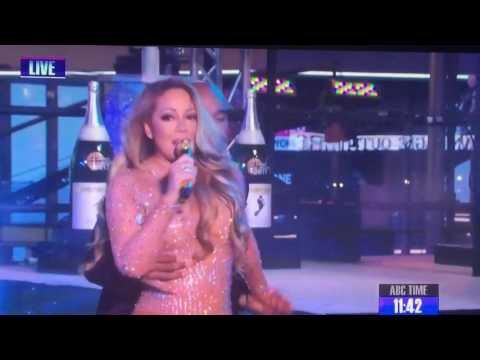 Mariah Carey messes up NYE performance live 2017