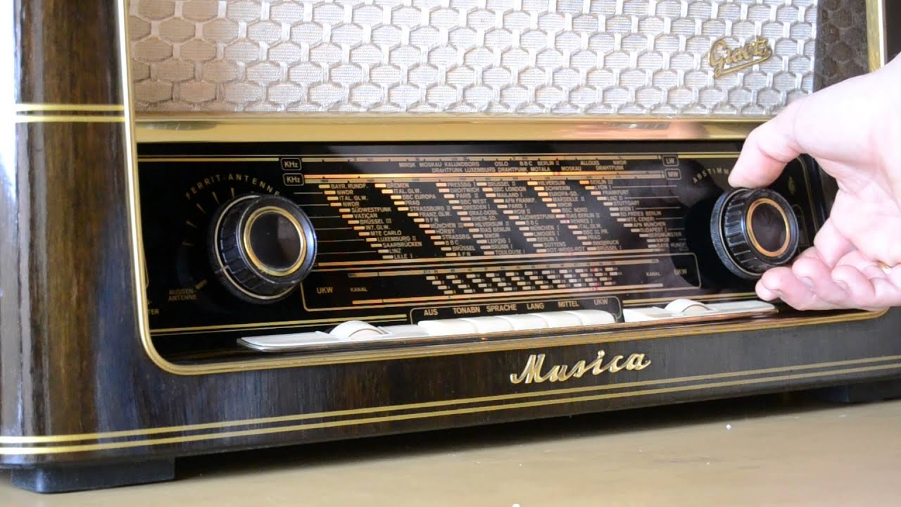 Antique Radio Chassis further 1948Studebaker besides The All You Can Arcade Yard Sale Shopping List as well 152139904766 moreover Watch. on tube radio restoration