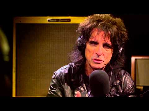 Alice Cooper's 'Feed My Frankenstein' featured guitarists story
