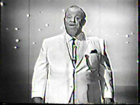 Burl Ives hosts Hollywood Palace (5 of 5)
