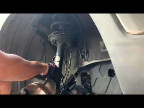 2013 Kia Sorento EX FWD Quick Strut Install ( Shocks and Could Spring )