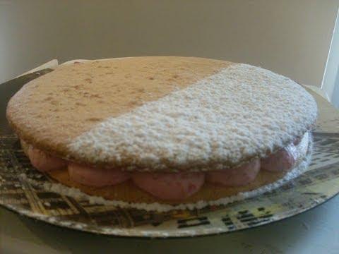 recette-gâteau-macaron-fourré-à-la-mousse-framboise
