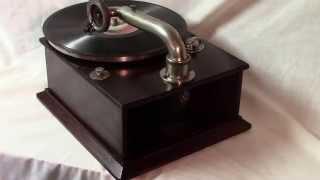 Arionola Reflective Sound Gramophone